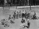 10 Neighborhood Boys Playing Sand Lot Baseball Most Wear Blue Jeans Tee Shirts Fotoprint van D. Corson
