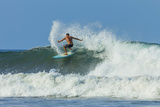 Surfer on Shortboard Riding Wave at Popular Playa Guiones Surf Beach Reproduction photographique par Rob Francis