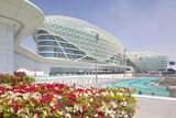 Viceroy Hotel and Formula 1 Racetrack, Yas Island, Abu Dhabi, United Arab Emirates, Middle East Fotodruck von Frank Fell