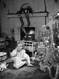 1950s Smiling Little Girl Christmas Tree Talking on Toy Telephone Photographic Print