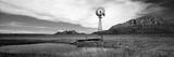 Solitary Windmill Near a Pond, U.S. Route 89, Utah, USA Fotografisk trykk