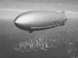 Dirigible Macon over New York City Stampa fotografica