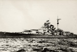 The German Battleship Bismarck of the German Kriegsmarine During Early World War II Stampa fotografica