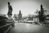 Charles Bridge, (Karluv Most), Prague, Czech Republic Fotodruck von Jon Arnold