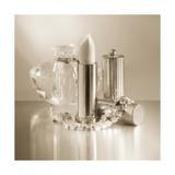 Vintage Glamour Lipstick and Perfume Posters par Julie Greenwood