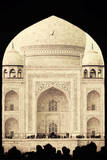 India, Uttar Pradesh, Agra, Taj Mahal (UNESCO site) Photographic Print by Michele Falzone