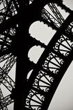Eiffel Tower Latticework I Fotografisk tryk af Erin Berzel