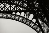 Eiffel Tower Latticework III Fotografisk tryk af Erin Berzel