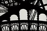 Eiffel Tower Latticework IV Fotografisk tryk af Erin Berzel