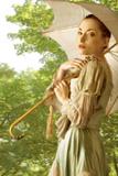 Woman with Umbrella 3 Reproduction photographique par Ricardo Demurez