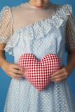 Woman in a White Dress Holding a Heart Reproduction photographique par Ricardo Demurez