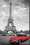 Paris : le baiser devant la Tour Eiffel (avec DS rouge) Reproduction transférée sur toile