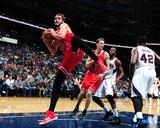 Feb 25, 2014, Chicago Bulls vs Atlanta Hawks - Joakim Noah Lámina fotográfica por Scott Cunningham