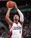 Feb 19, 2014, San Antonio Spurs vs Portland Trail Blazers - Damian Lillard Photo by Sam Forencich
