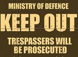 M.O.D Keep Out Plakietka emaliowana