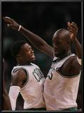 New Jersey Nets v Boston Celtics: Nate Robinson and Kevin Garnett Print by  Elsa