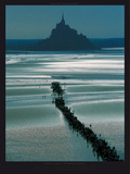 Mont Saint Michel Affischer av Philip Plisson