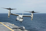 An MV-22B Osprey Lands Aboard the Amphibious Assault Ship USS Wasp Photographic Print