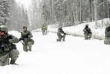 Airmen Perform Tactical Maneuvers in Alaska Photographie
