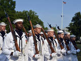 The U.S. Navy Ceremonial Honor Guard Performs During a Ceremony Photographie