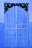 Traditional Blue Painted Door, Chefchaouen, Morocco, North Africa, Africa Fotografisk tryk af Neil Farrin