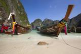 Maya Bay with Long-Tail Boats, Phi Phi Lay Island, Krabi Province, Thailand, Southeast Asia, Asia Fotodruck von Stuart Black