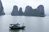 Halong (Ha Long) Bay, UNESCO World Heritage Site, Vietnam, Indochina, Southeast Asia, Asia Photographic Print by Bruno Morandi