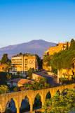 Top of Mount Etna Volcano at Sunrise Rising Above Taormina, Sicily, Italy, Mediterranean, Europe Fotografisk trykk av Matthew Williams-Ellis