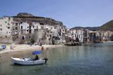 View of Cefalu Beach, Sicily, Italy, Mediterranean, Europe Fotografisk tryk af Oliviero Olivieri
