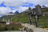 Prospector and Guide Monument, Skagway, Alaska, United States of America, North America Photographic Print by Richard Cummins