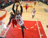 2014 NBA Playoffs Game 5: Apr 29, Washington Wizards vs Chicago Bulls - Taj Gibson Photographic Print by Gary Dineen