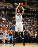 2014 NBA Playoffs Game 4: Apr 28, Miami Heat vs Charlotte Bobcats - Josh McRoberts Photographic Print by Kent Smith