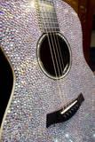 USA, Tennessee, Nashville. Taylor Swift's bejeweled rhinestone guitar. Fotodruck von Cindy Miller Hopkins