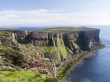 The cliffs of Hoy island, Orkney islands, Scotland. Stampa fotografica di Martin Zwick