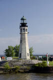 New York, Buffalo. Buffalo Main Lighthouse. Fotodruck von Cindy Miller Hopkins