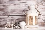 Cristmas Lantern with Snow Reproduction photographique par  oksix