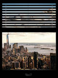 Window View with Venetian Blinds: Cityscape Manhattan Center (1 WTC) and Statue of Liberty View Photographie par Philippe Hugonnard