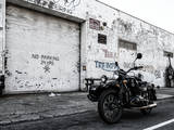 Motorcycle Garage in Brooklyn Reproduction photographique par Philippe Hugonnard