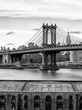 Manhattan Bridge with the Empire State Building from Brooklyn Fotoprint av Philippe Hugonnard