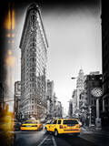 Vintage Black and White Series - Flatiron Building and Yellow Cabs - Manhattan, New York, USA Photographic Print by Philippe Hugonnard