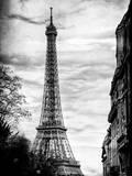 Eiffel Tower, Paris, France - Vintique Black and White Photography Lámina fotográfica por Philippe Hugonnard