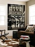 Urban Scene, Radio City Music Hall by Night, Manhattan, Times Square, New York, White Frame Art Mural par Philippe Hugonnard