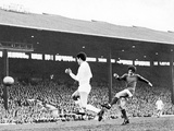 George Best in Action, April 1968 Photographic Print