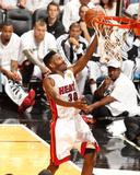 2014 NBA Finals Game Four: Jun 12, Miami Heat vs San Antonio Spurs - Norris Cole Photographic Print by Issac Baldizon