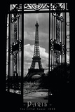 Eiffel Tower Through the Gates Póster