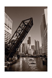 Chicago River Traffic BW Fotografie-Druck von Steve Gadomski