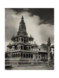 The Krishna Mandir Temple in Patan, Nepal Fotografisk tryk af John-Claude White