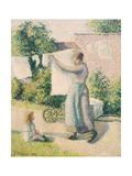 Woman Hanging Laundry Reproduction procédé giclée par Camille Pissarro