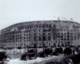 Yankee Stadium - outside/sepia - ©Photofile Foto