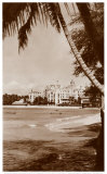 Royal Hawaiian Hotel, Waikiki, Hawaii Posters